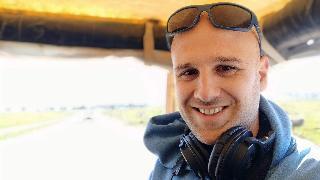 """עופר פריימן, במאי ויוצר הסרט """"לעזוב את גן עדן"""""""