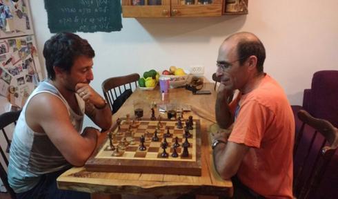 טורניר שחמט בין דורי בשדות ים