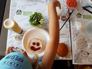 סדנאות שף לילדים ברשת BBB. צילום: יוליה פריליק ניב